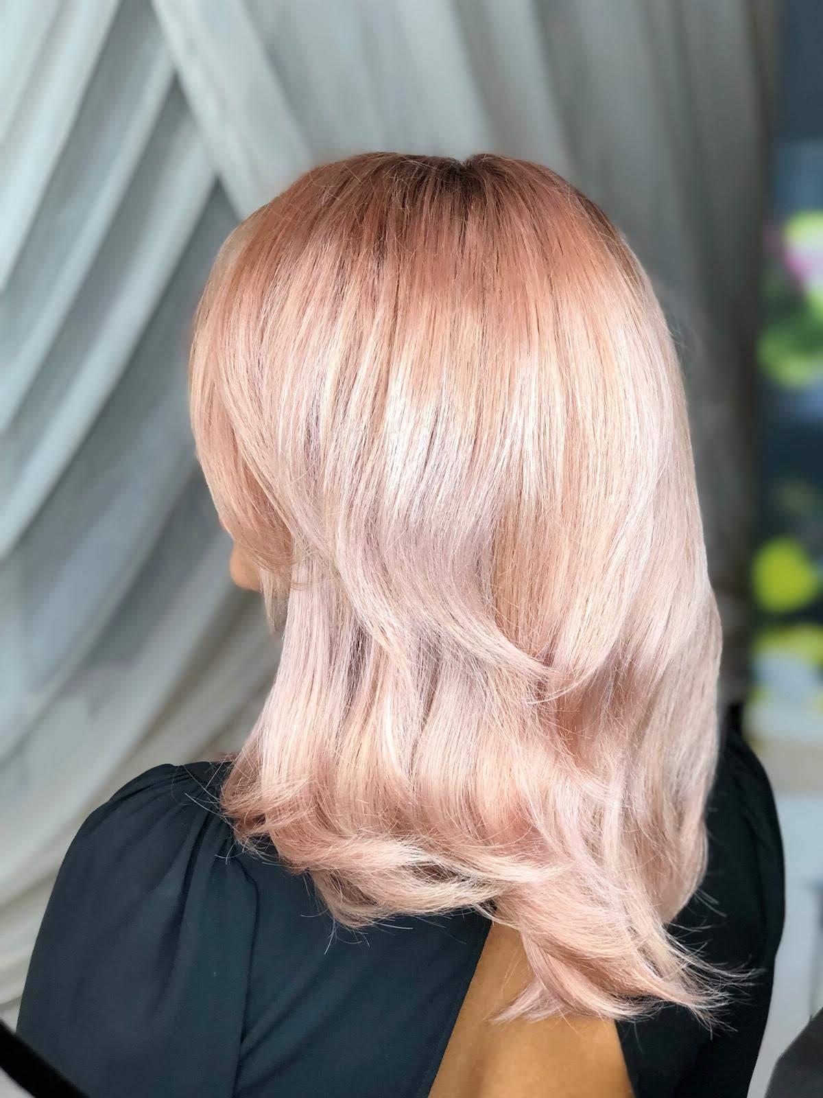 ombre cu blond deschis roze
